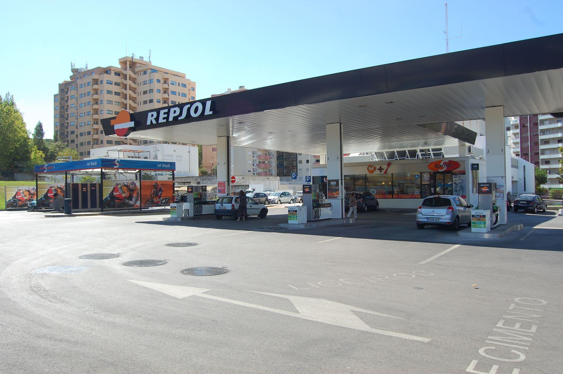 El corte ingl s e repsol renovam parceria sabia que for Repsol oficinas