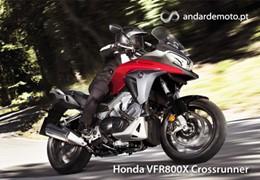 Honda VFR800X Crossrunner - Pronta para as curvas