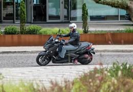 Yamaha X-Max 125 - Simples e eficaz