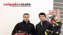 Salgados Moto patrocina o piloto Luís Oliveira