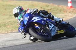 Novo pneu Dunlop GP Racer D212 aprovado após vitória no Campeonato Francês de Supersport