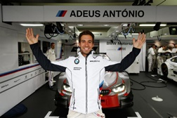 Félix da Costa despede-se do DTM com pole position e perde vitória devido a toque