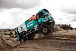 Dakar 2017: Gerard de Rooy mantém-se na luta pelo comando