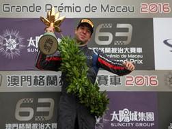 António Félix da Costa vence o GP de Macau de Fórmula 3 e entra para a história do desporto nacional