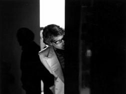 DS World Paris acolhe exposição de fotos do costureiro Yves Saint Laurent