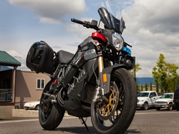 Polaris compra empresa de motos eléctricas Brammo