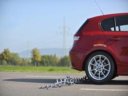 Com pneus RunOnFlat de Goodyear pode continuar a circular depois de um furo