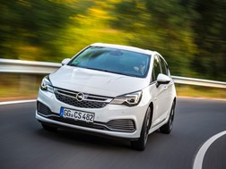 Opel Astra 1.6 Turbo OPC Line