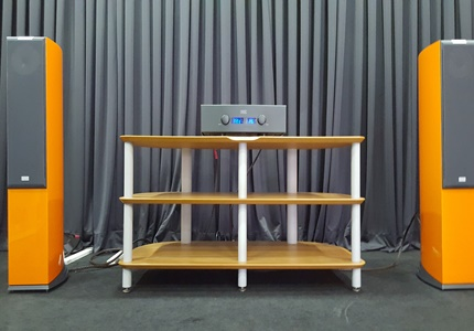 Sistema em Audição - Sistema Estéreo Hegel + Audiovector