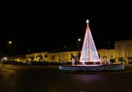 75 mil lâmpadas acendem  para iluminar o Natal em Grândola