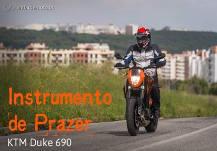 Teste KTM Duke 690 - Instrumento de prazer