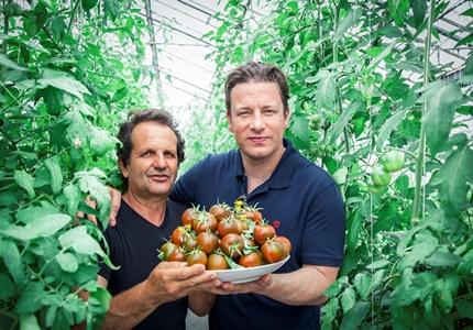 "Jamie Oliver apresenta ""Receitas Saudáveis para Toda a Família"" no 24 Kitchen"