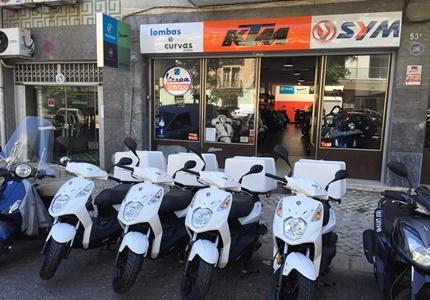 A Lombas e Curvas entrega mais 4 Sym Xpro a uma empresa de entregas rápidas