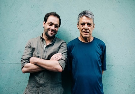 """António Zambujo lança disco de tributo a Chico Buarque, """"Até Pensei Que Fosse Minha"""""""