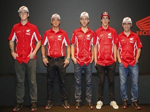Salão de Milão: Paulo Gonçalves em destaque na apresentação da equipa oficial Honda para o Dakar 2016