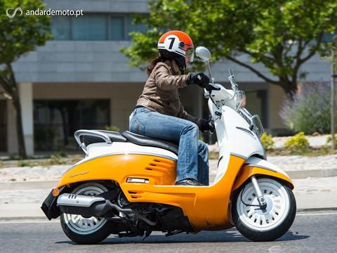 Andar de Moto: A directiva que data de 2009 - e os coelhos das Berlengas não conhecem