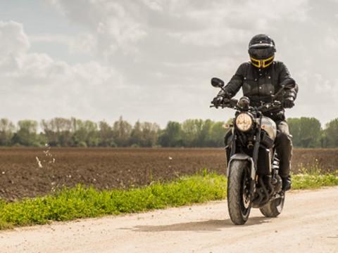 Teste Yamaha XSR900 - Clássica do Futuro