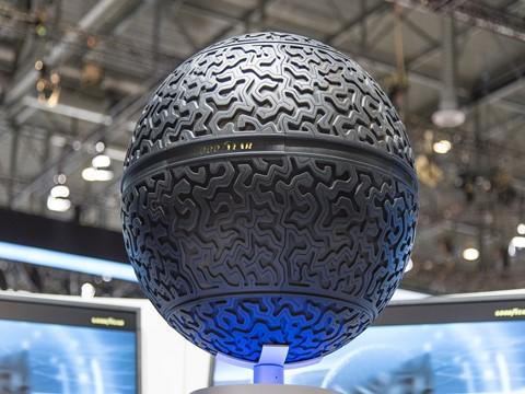 """Eagle-360 da Goodyear nomeado como uma das """"Melhores Invenções de 2016"""" pela revista Time"""