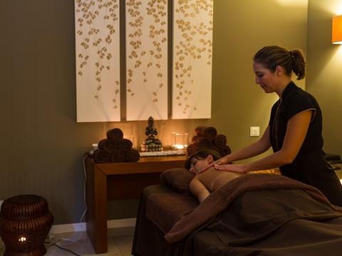 Outubro é o mês da massagem aromática de Lavanda no Alma Spa