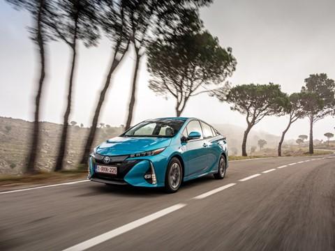Toyota revela nova geração do Prius Plug-in
