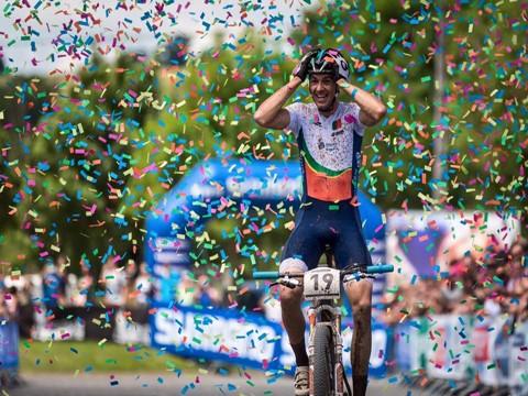 Tiago Ferreira campeão do Mundo de maratonas BTT