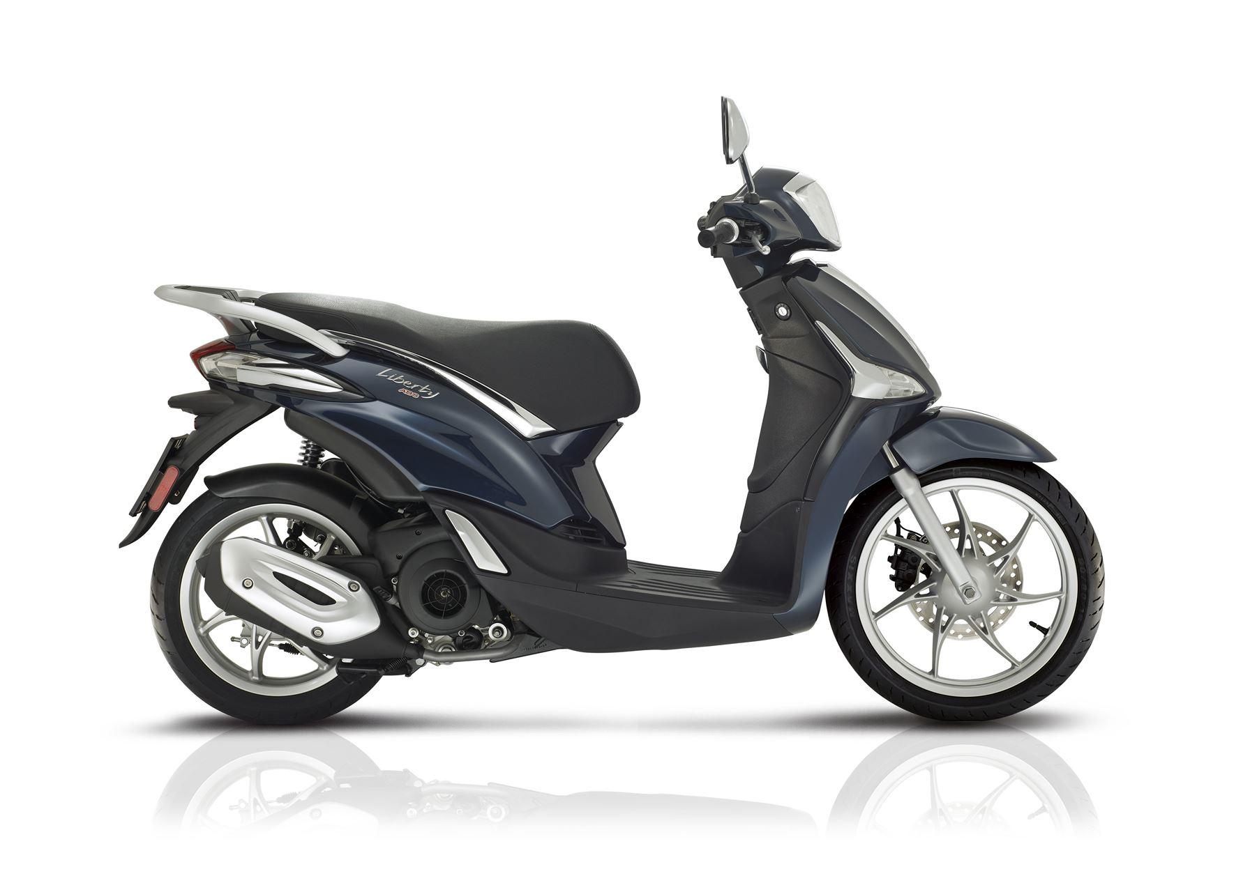 piaggio liberty 125 scooter at 125 cc andar de moto. Black Bedroom Furniture Sets. Home Design Ideas