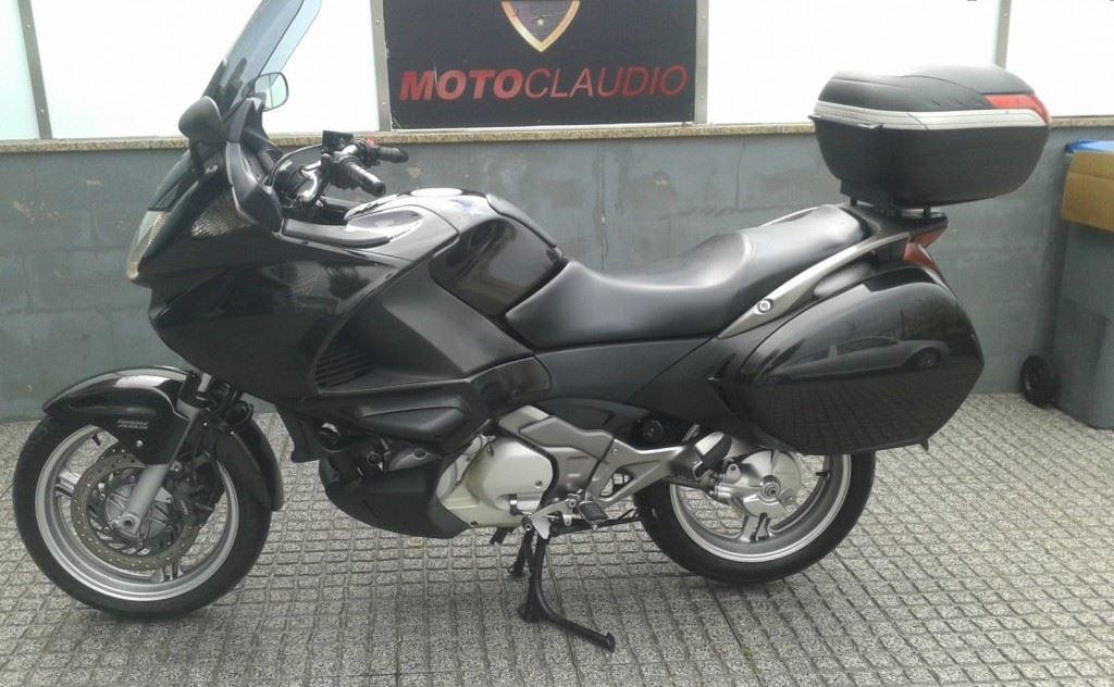 honda deauville nt 700 moto usada pre o p12016 moto cl udio andar de moto. Black Bedroom Furniture Sets. Home Design Ideas