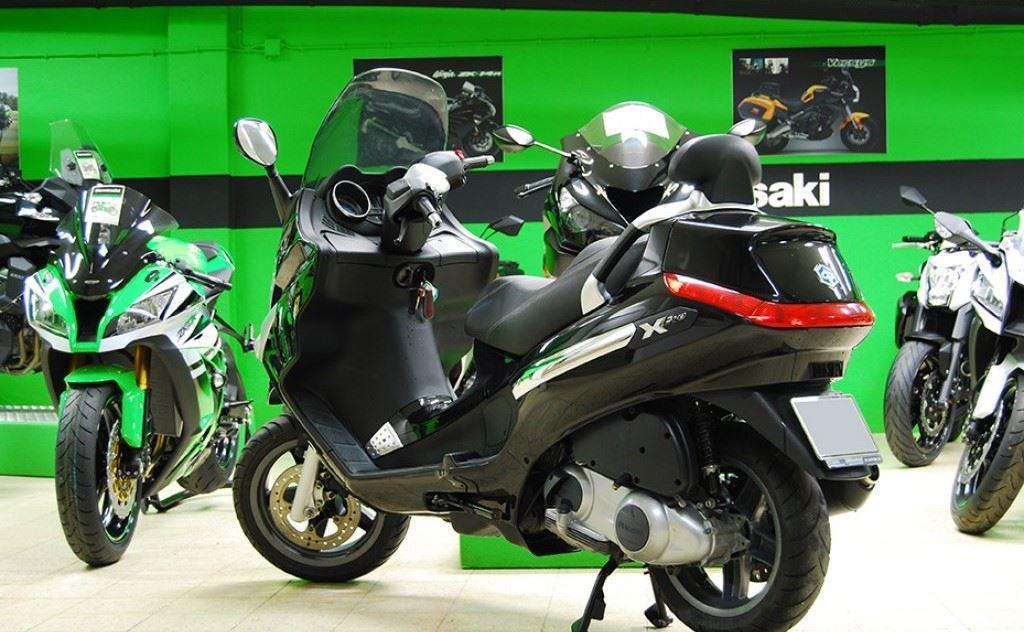 piaggio x evo 125 scooter usada pre o p563 hm motos andar de moto. Black Bedroom Furniture Sets. Home Design Ideas