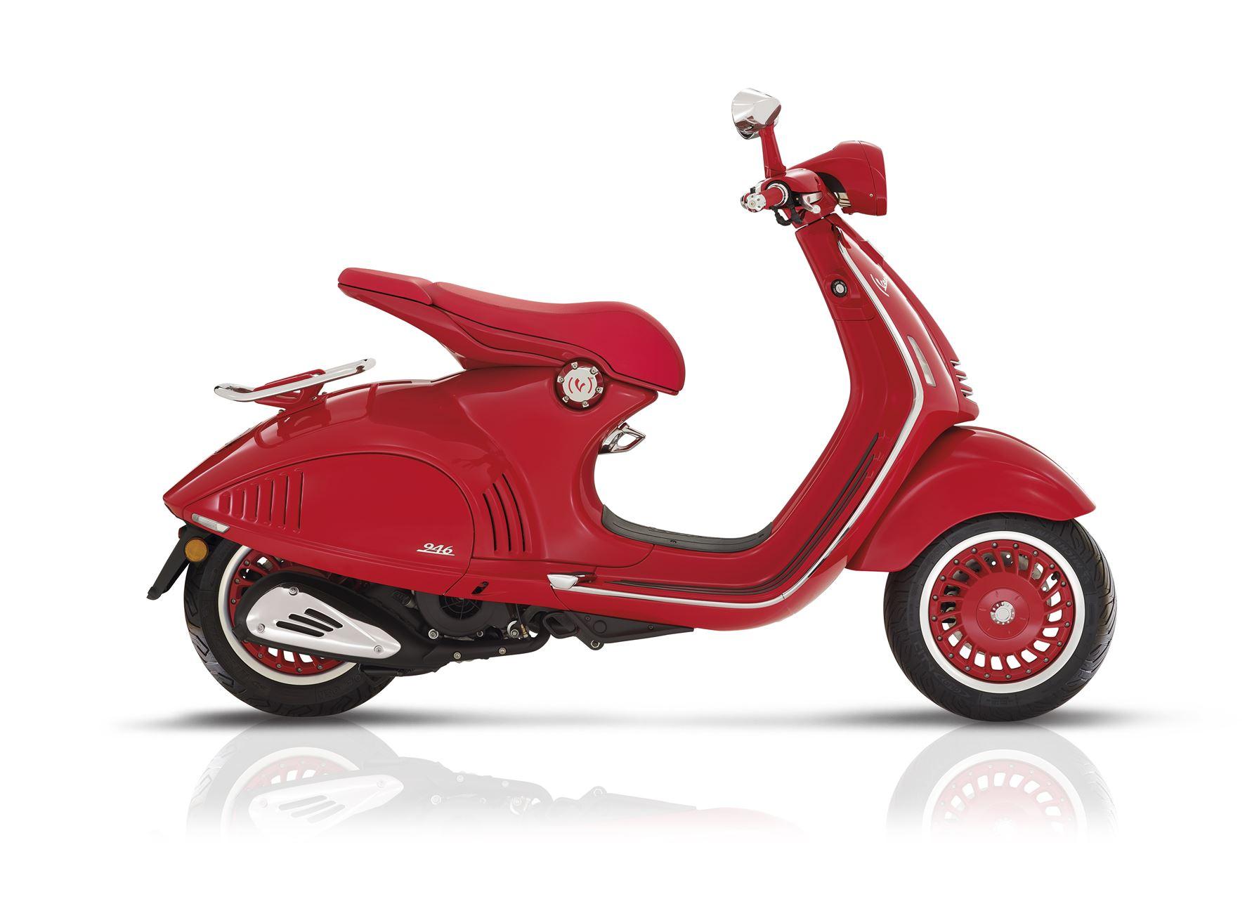 vespa 946 125 red scooter gama 125cc andar de moto. Black Bedroom Furniture Sets. Home Design Ideas