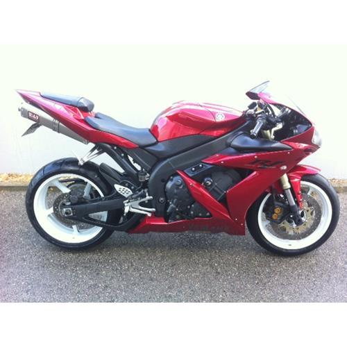 Yamaha R1 R
