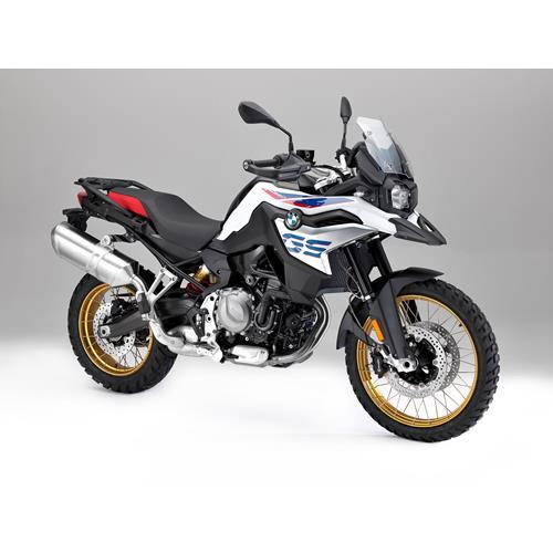 cat logo de motos novas em portugal pre os e caracter sticas andar de moto. Black Bedroom Furniture Sets. Home Design Ideas