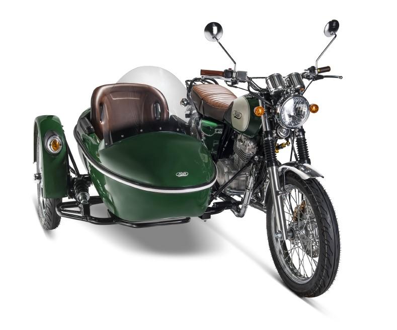 mash family side moto motos 400 andar de moto. Black Bedroom Furniture Sets. Home Design Ideas
