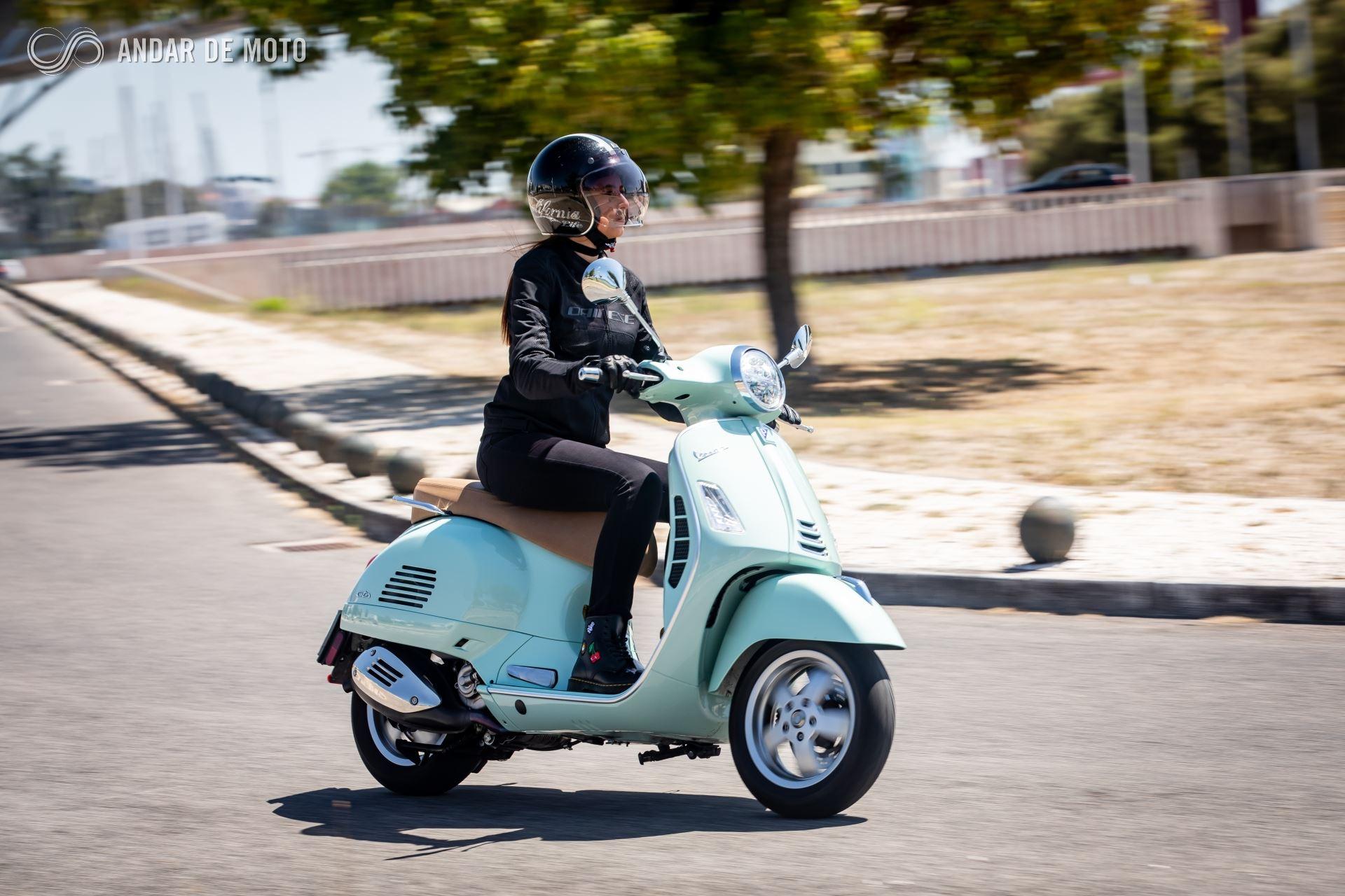 Teste Vespa Gts 300 Hpe Desfrutar A Cidade Test Drives Andar De Moto Brasil