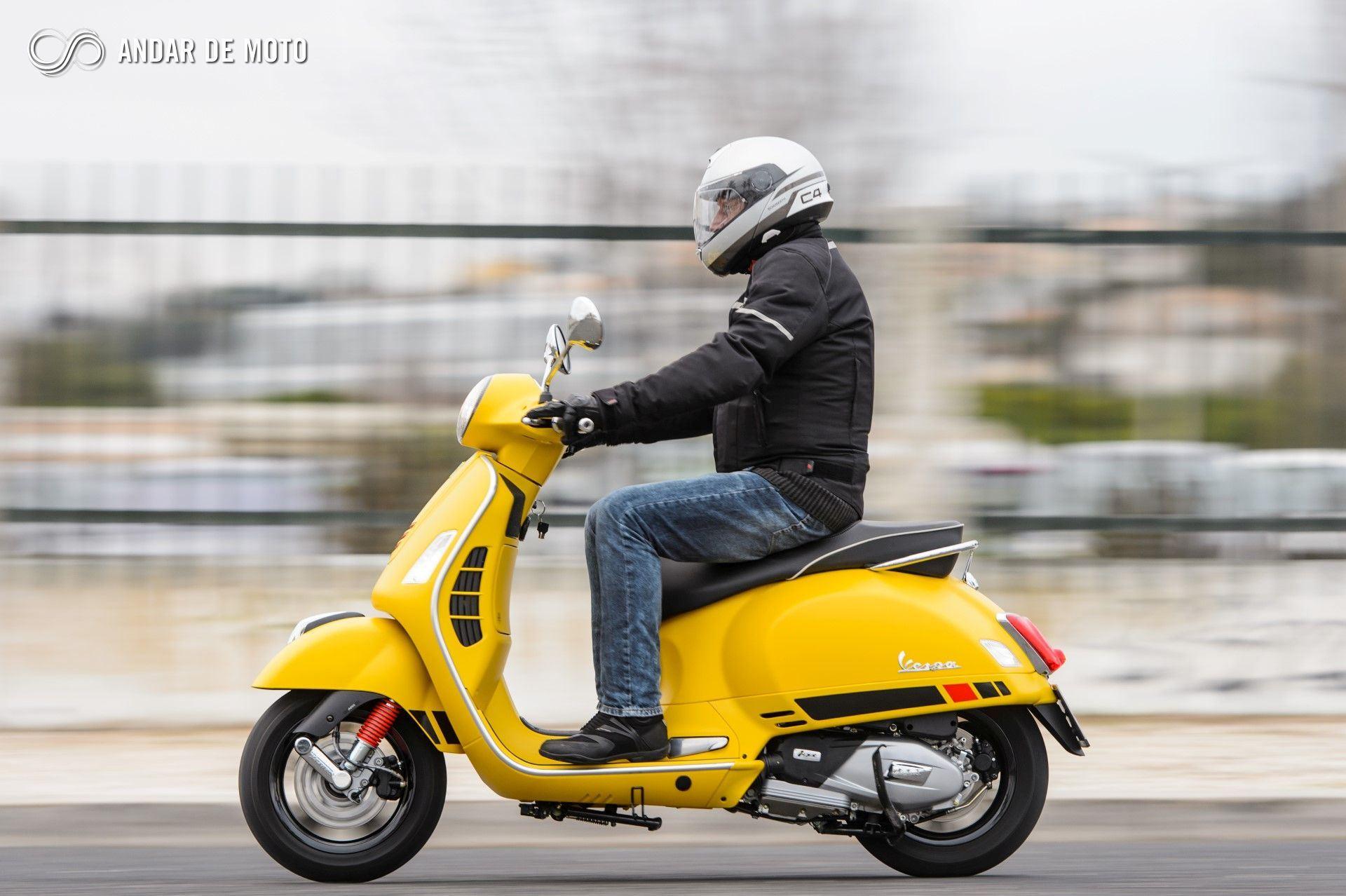 Scooters 125 Cc A Prova Das 9 Parte 9 Vespa Gts 125 Super Sport Piaggio Noticias Andar De Moto