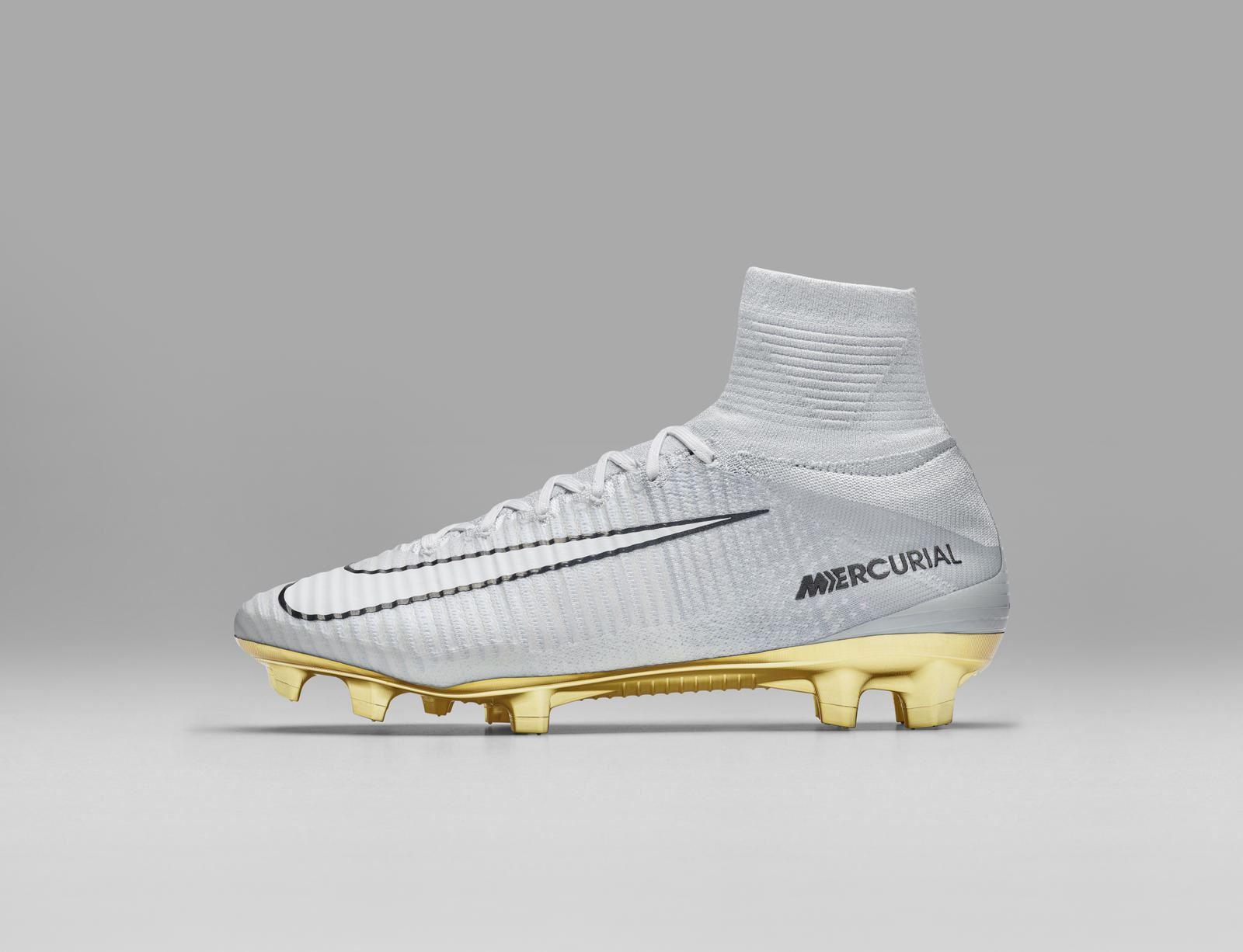 Nike homenageia conquistas de Cristiano Ronaldo com