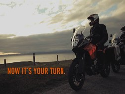 2013 KTM 1190 Adventure vídeo oficial