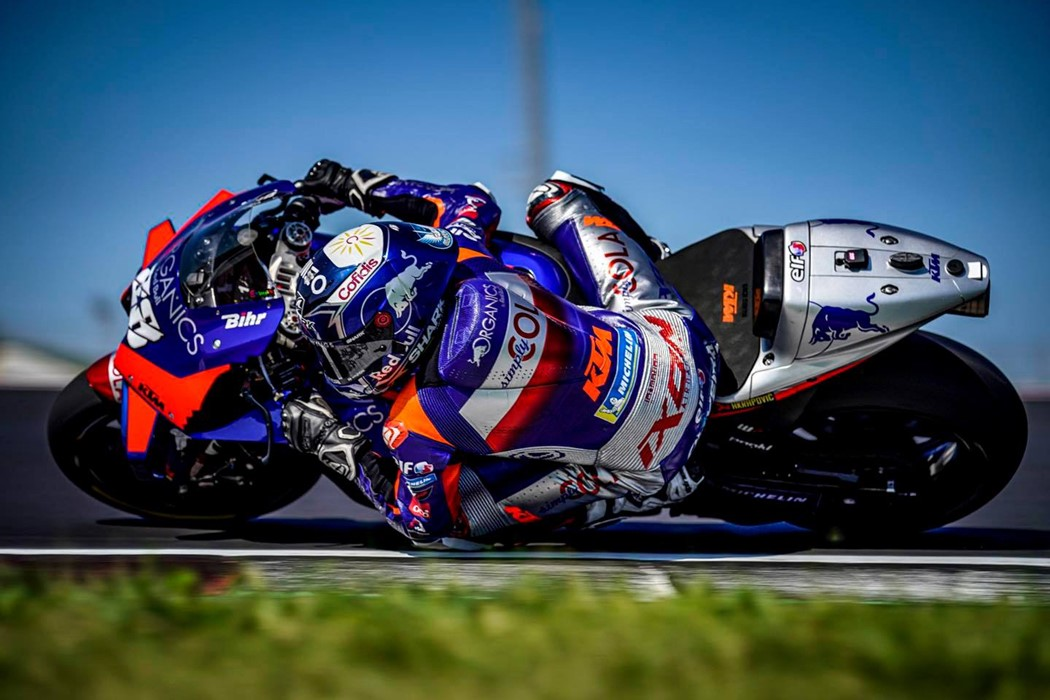 Motogp Tres Meses Depois Miguel Oliveira Voltou A Pilotar A Ktm Rc16 Desporto Andar De Moto
