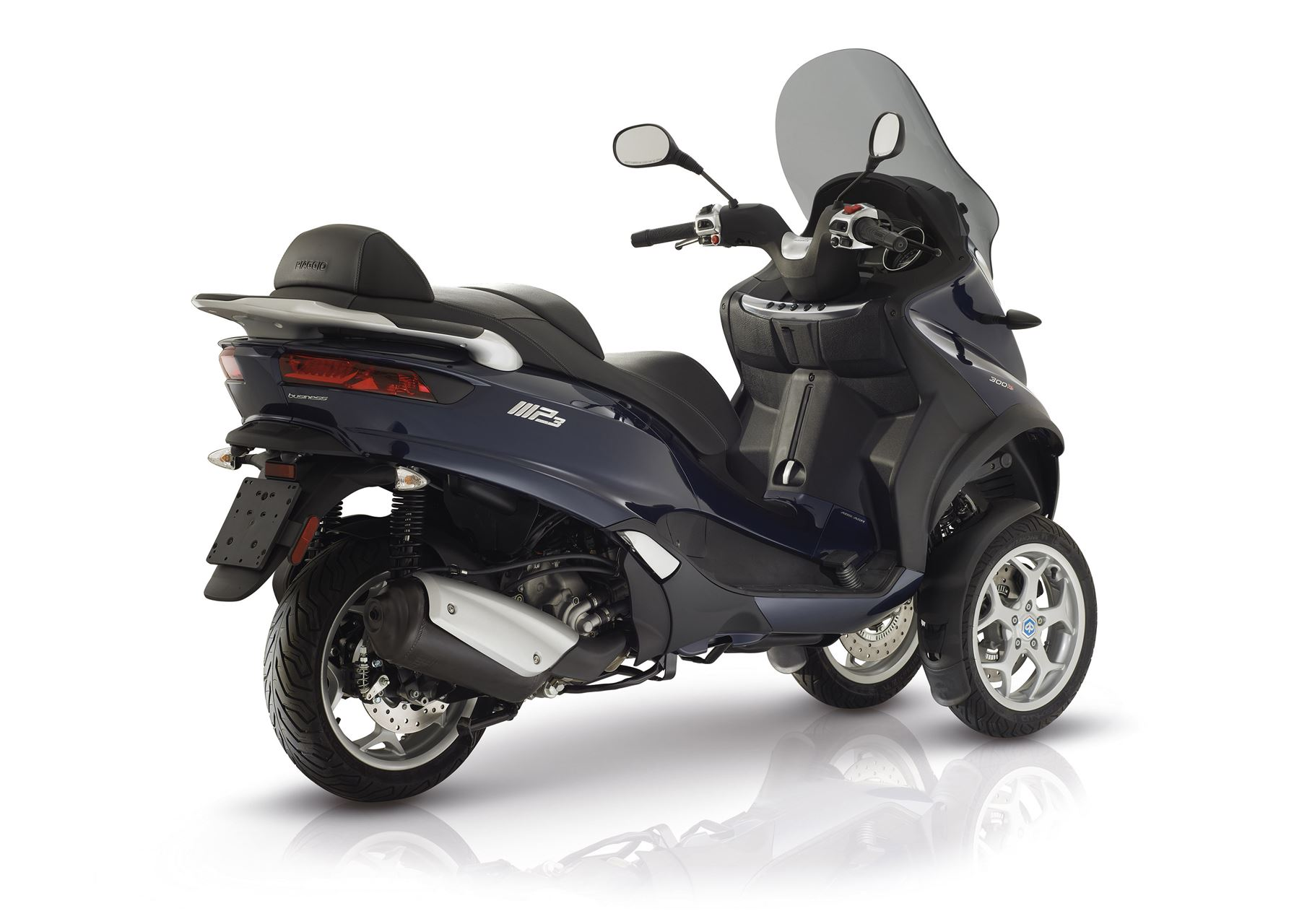 piaggio mp3 300 lt business scooter acima 125 cc lombas e curvas. Black Bedroom Furniture Sets. Home Design Ideas