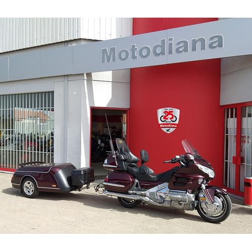 Honda Goldwing GL1800 c/ AIRBAG, GPS E REBOQUE